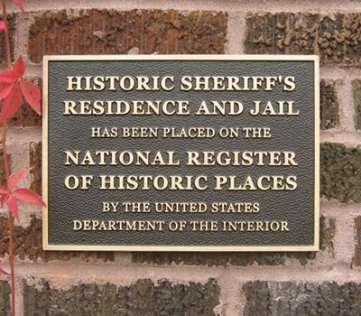 Plaque: Museum is on the National Register of Historic Places
